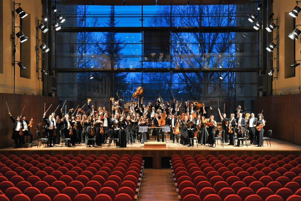Comunicato stampa sindacale sul licenziamento del professore d'orchestra de La Toscanini